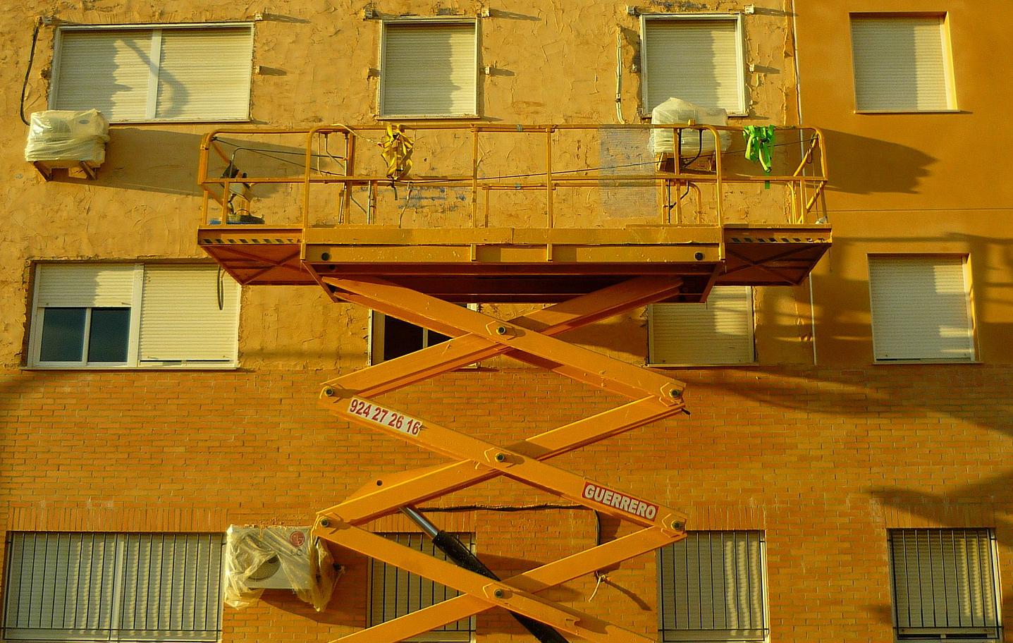 Piattaforma di lavoro Elevabile (PLE)_RID